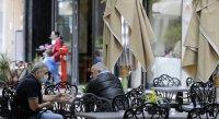 Сърбия затваря кафенета, ресторанти и клубове от 21:00 до 5:00