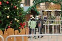 снимка 6 Коледният дух завладява София въпреки пандемията (Снимки)