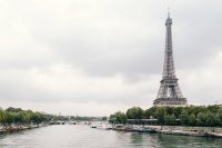 Разхлабват мерките във Франция