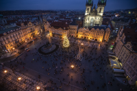 Коледни базари в Европа ще има, но при специални правила