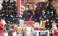 Коледа в пандемия: Как в Европа ще посрещнат празниците