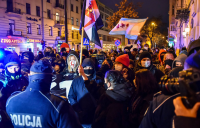 "Масови демонстрации ""за"" и ""против"" абортите в Полша и Аржентина"