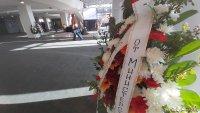 снимка 3 Последно сбогом: Близки, приятели и колеги се простиха с Камен Чанев