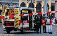 снимка 5 Кола се вряза в пешеходци в Германия, има жертви (Снимки)