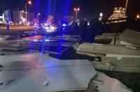 Задържаха за 72 часа шофьора, откраднал и преобърнал тир в Бургас