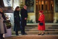 Кралица Елизабет II организира коледен прием в двореца Уиндзор