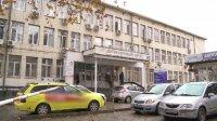 Бездомник почина на стълбите на поликлиника във Варна