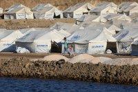 Разследват изнасилване на 3-годишно момиченце в бежански лагер на остров Лесбос