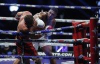снимка 1 Кубрат Пулев загуби битката за световната титла по бокс от Антъни Джошуа (ОБЗОР)