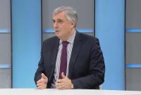Ивайло Калфин: В България пари има, но не се знае как да се похарчат