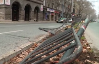 Шофьор загина на място при сблъсък в сграда в центъра на Пловдив