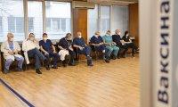 снимка 11 Проф. Мутафчийски е първият ваксиниран срещу COVID-19 медик от ВМА