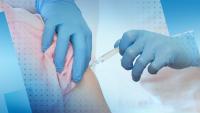 Продължава ваксинацията срещу COVID-19 на медиците на първа линия