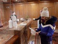 От днес ресторантите към хотелите са отворени за клиенти