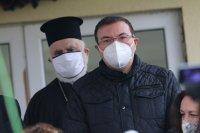 Здравният министър: Сърдечна благодарност на Българската православна църква за протегнатата ръка