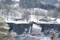 След свлачището в Норвегия: Най-малко 10 души са в неизвестност, 15 къщи са сравнени със земята