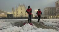 Лошо време в Италия: Сняг в Милано и затруднено движение