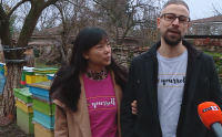 Младо семейство получи за сватбaта си пчелин и замени Калифорния с Карлово