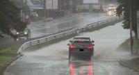 Проливният дъжд наводни улици и булеварди във Варна