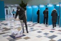 Социолози: Партията на Назарбаев печели парламентарните избори в Казахстан