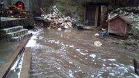 Наводнени заведения до езерото Клептуза във Велинград