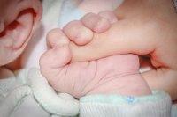 Бебе с антитела срещу COVID-19 се роди в Пазарджик