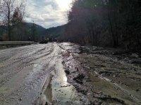 Възстановиха движението по пътя Банско - Гоце Делчев след свлачището