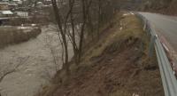 Има риск от пропадане на пътя през Искърското дефиле край Бов