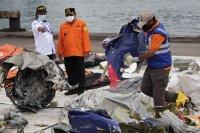 снимка 4 Извлякоха данни от черната кутия на катастрофиралия индонезийски Боинг
