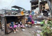 снимка 2 След труса: Над 15 000 евакуирани в Индонезия (СНИМКИ)