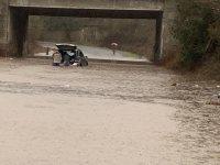Множество пътни отсечки в Благоевградско и Бургаско са наводнени