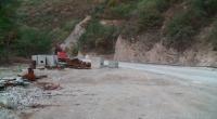 Паднали камъни и земна маса затвориха пътя Кричим - Девин