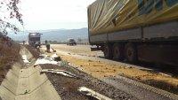"""снимка 4 Камион се вряза в спрял ТИР на АМ """"Струма"""" (СНИМКИ)"""