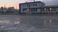 Ледена пързалка пред гарата в Казичене заради липсата на канализация