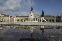 Как Португалия се справя с коронавируса? (Снимки)