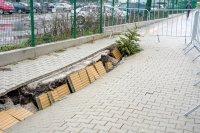 снимка 4 Ремонтират пропадналия тротоар пред Медицинска академия