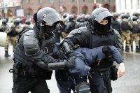 снимка 2 Над 3000 души са задържани на протестите в подкрепа на Навални (СНИМКИ)