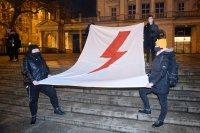 снимка 4 Поредни протести срещу забраната за аборти в Полша, има задържани