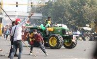 Фермери щурмуваха исторически комплекс в Индия
