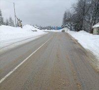 снимка 4 Троянският проход остава затворен, 1320 машини чистят пътищата у нас