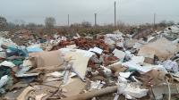 Спор между Община Пловдив и фирма за разчистването на лампи с живак