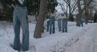 """Акция """"Замръзнали дънки"""" събира средства за благотворителност в Минеаполис"""