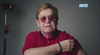 Майкъл Кейн засенчи Елтън Джон в кампания за ваксините