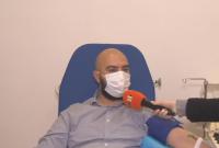 Добрият пример: Млад мъж дари кръвна плазма за осми път