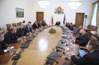 МС осигури 8,7 млн. лв. по бюджетите на осем общини