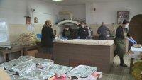 Кухня за бедни в благоевградска църква дарява храна на нуждаещите се
