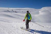 Ски ентусиасти по пистите в Италия въпреки забраните (Снимки)