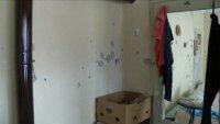 Специално: Продават апартамента на стрелеца от Лясковец. Екип на БНТ влезе вътре