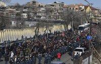 Продължават протестите на опозицията в Армения