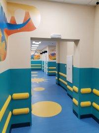 """снимка 3 Здравният министър: До обяд решаваме дали да пуснем """"зелен коридор"""" за ваксините"""